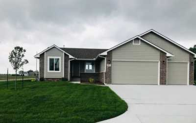 House for sale: 885 S Cattail Circle